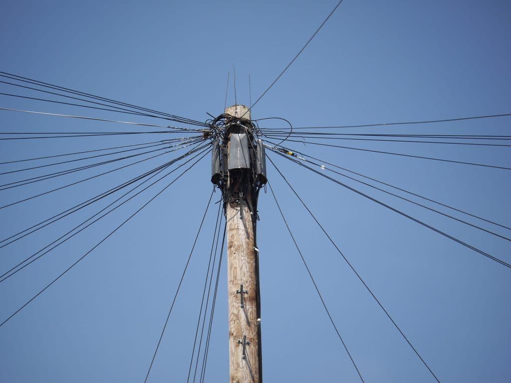 power-line-1460725_1920
